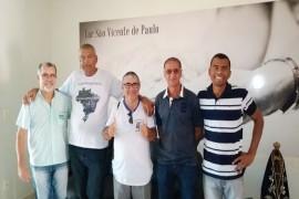 Vicentinos de Araguari visitam Lar São Vicente de Paulo