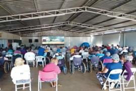 Tarde de cinema para os idosos do Lar São Vicente de Paulo